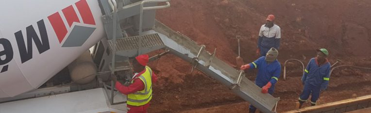 LT Earth Movers working on an outlet pipe for a dam in KwaZulu-Natal